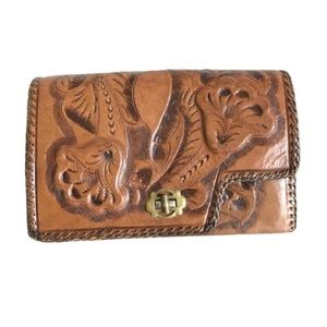 Handbags - Vintage Detailed Leather Clutch